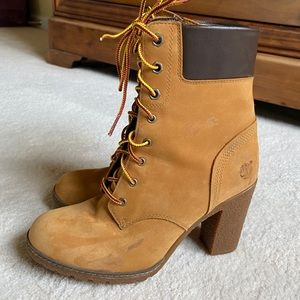 Timberland suede bootie